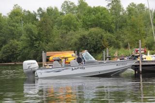 150 hp 18.5 ft Lund Explorer
